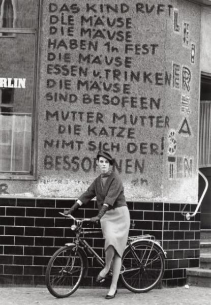 Das Kind ruft die Mäuse graffiti - Kreuzberg, Berlin