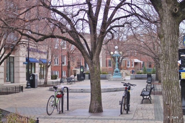 Lincoln Square (photo by K.Sark)