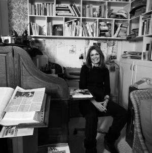 Gloria's office