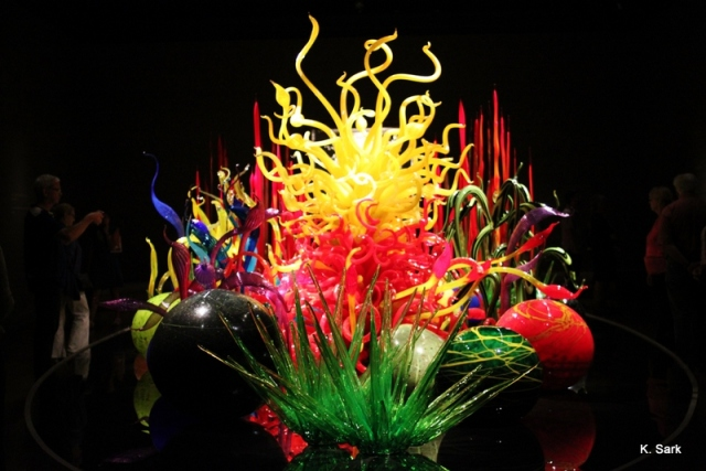 Chihuly at Musee des Beaux Arts (photo by K.Sark)