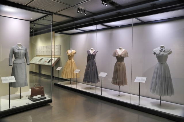 Personal dresses (photo by Marilyn Aitken, McCord Museum)