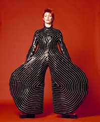 Bodysuit for Aladdin Sane tour, 1973, design by Kansai Yamamoto (Photo by Masayoshi Sukita)