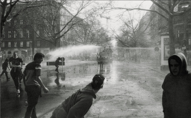 Kollowitz Platz 1994 (Berlin Wonderland)