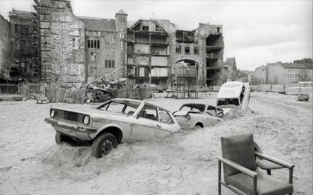 Tacheles 1991(Berlin Wonderland)