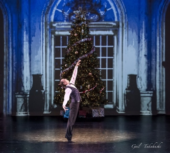 Ballet Victoria, The Gift, photo Gail Takahashi
