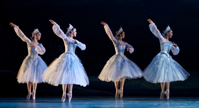 Alberta Ballet's Nutcracker (photo by Paul McGrath)
