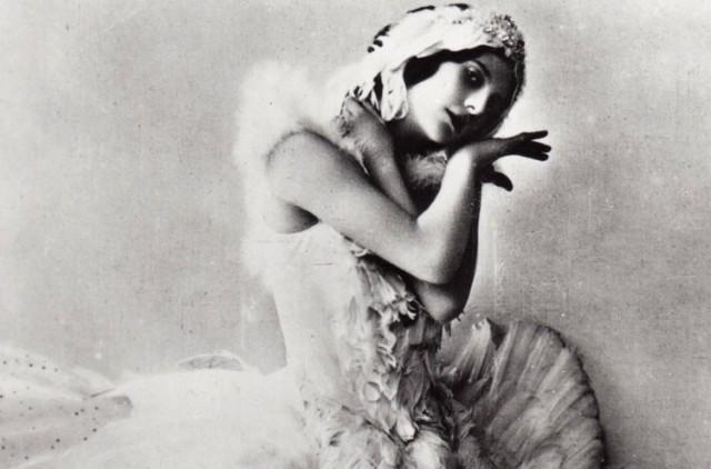 Pavlova as Swan