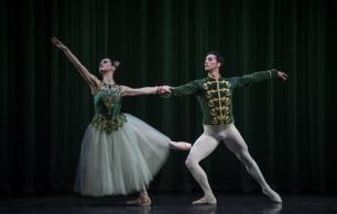 Balanchine_Jewels_Foto_by_Carlos_Quezada_DSC5248