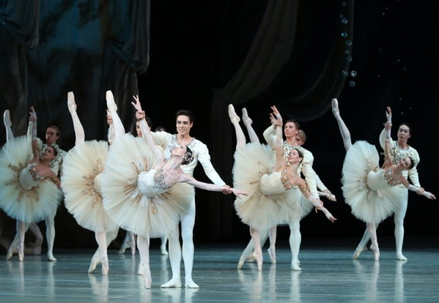 Diamonds  by Natasha Razina © State Academic Mariinsky Theatre (6)