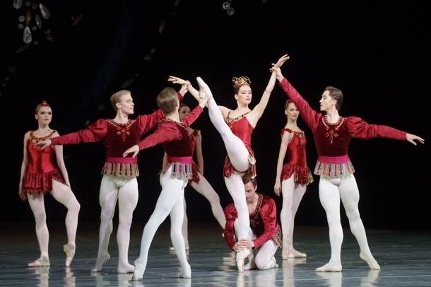 Rubies by Valentin Baranovsky © State Academic Mariinsky Theatre (2) - Copy