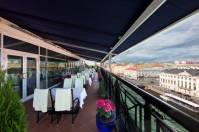 victoriarestaurant-terrace