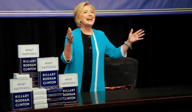 hillary-clinton-book-signing2057x1200