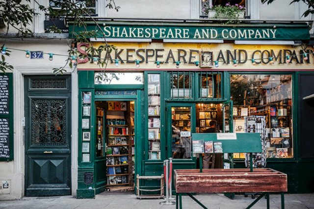 Shakespeare-and-Company-facciata